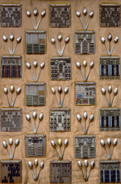 PATTERN, 1994115x75 cm, computer panels and nickel silver spoons riveted on copper fabric© Regős Anna